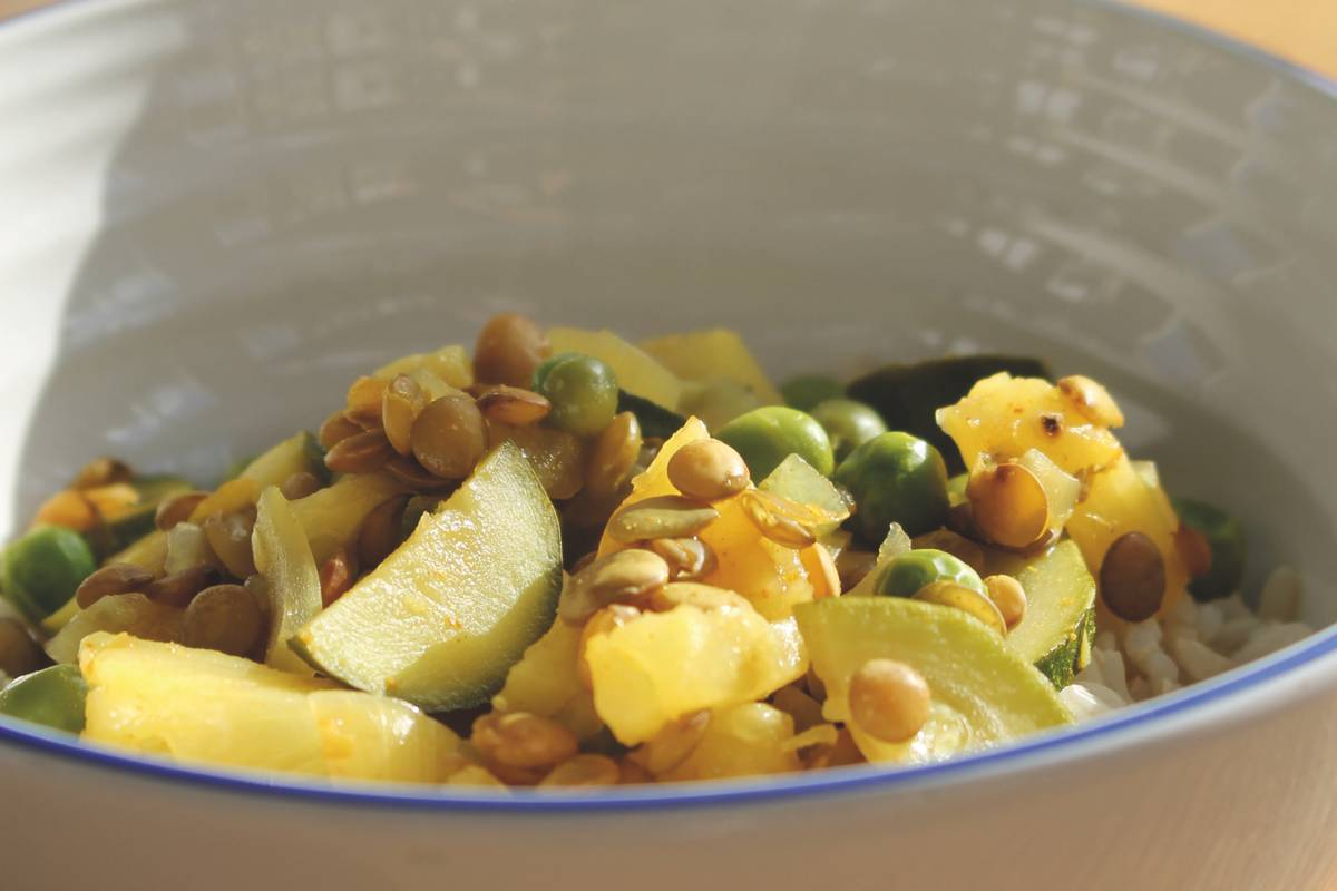 Green lentil and pineapple stew